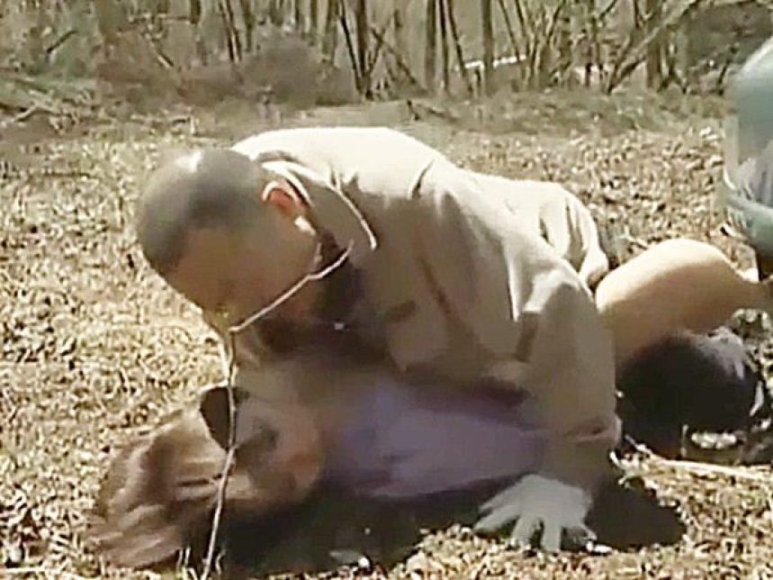 ◆エロドラマ・婦女暴行・睡眠姦|ヘンリー塚本・性犯罪◆『ハッハッハァーッ!』催眠ガスで眠らせた女を山中で犯すヤバイ男です