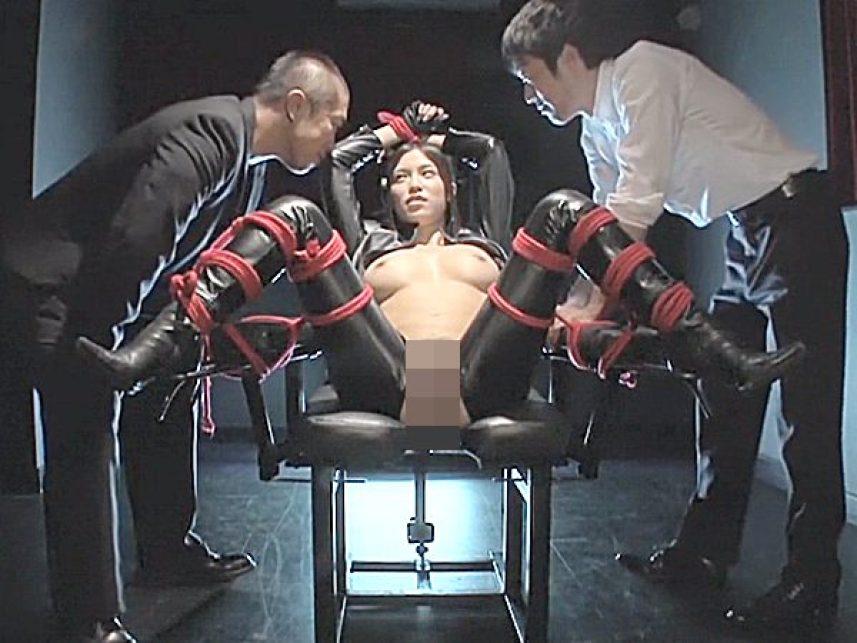 ★エロドラマ・女捜査官|凌辱・水嶋杏樹★『動けないだろ、悔しいか..』潜入任務に失敗した美女!?催眠かけられ拘束状態です