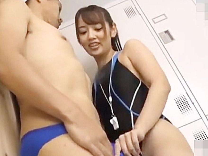 ◆痴女・M性感 コスプレ・競泳水着◆『こんなにシて..♡』生徒をプールの死角で誘惑するスレンダー美人インストラクターです
