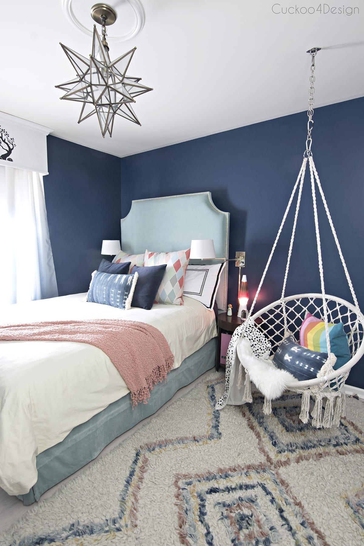 dark blue girls room