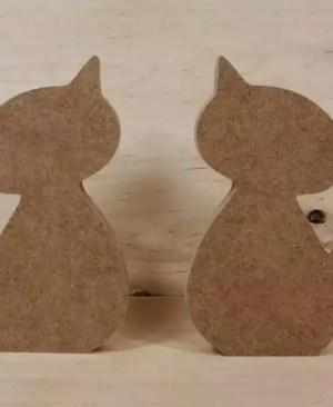 Drewniany kot (w-20 cm)