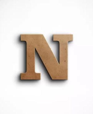 Stojąca litera N