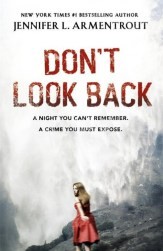 Don't Look Back by Jennifer L. Armentrout (UK co)er>
