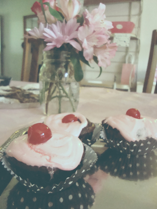 about to pop baby shower cherry cupcakes
