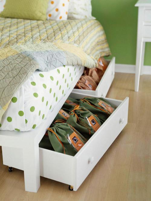 cheap easy organization: underbed storage