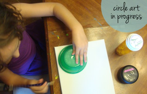 kids boredom buster jar: making circle art