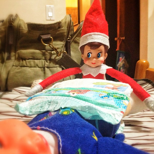 elf on the shelf diaper change
