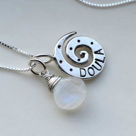 Momtrepreneur: Moon Over Maize doula necklace