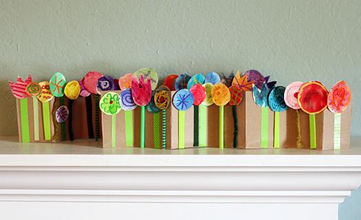 spring break craft ideas: spring flowers accordion garden