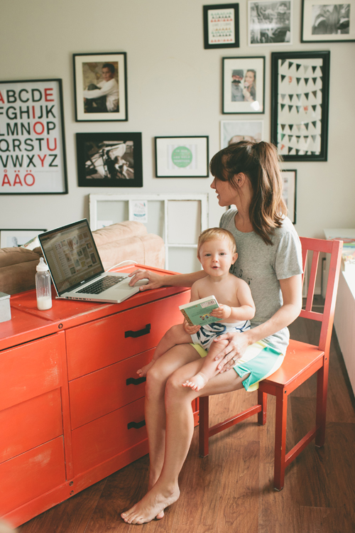 Moms and kids: work from home
