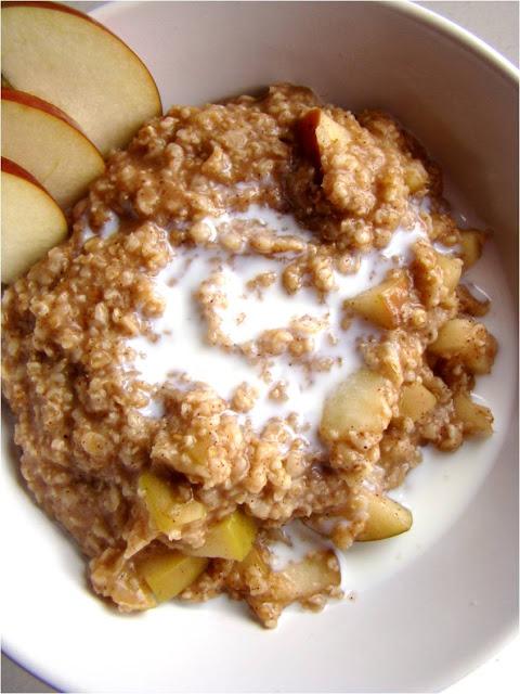 apple recipes: apple pie oatmeal
