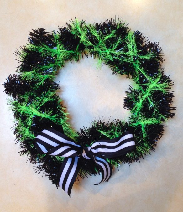 DIY Halloween wreath with striped bow
