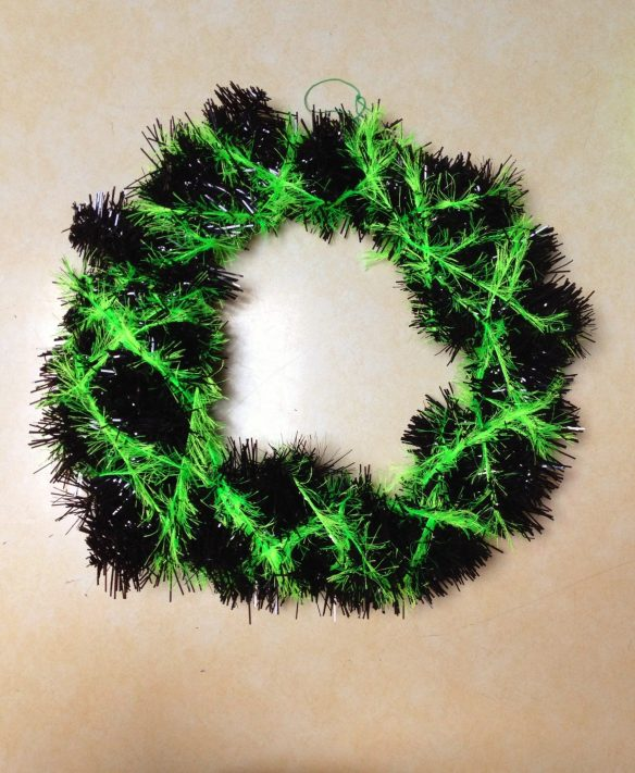 DIY black and green Halloween wreath