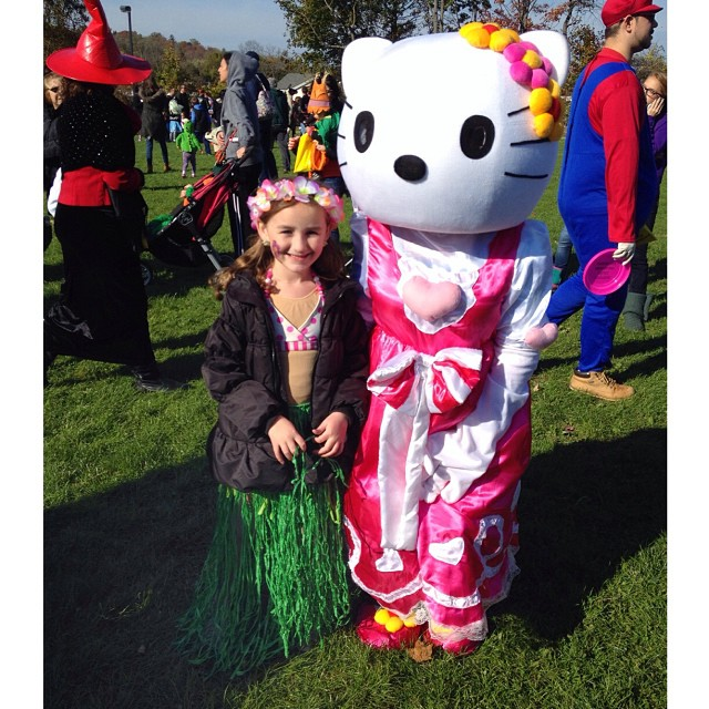 hula girl with Hello Kitty