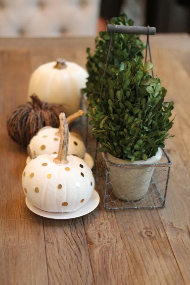 fall pumpkin decor: polka dot painted pumpkins