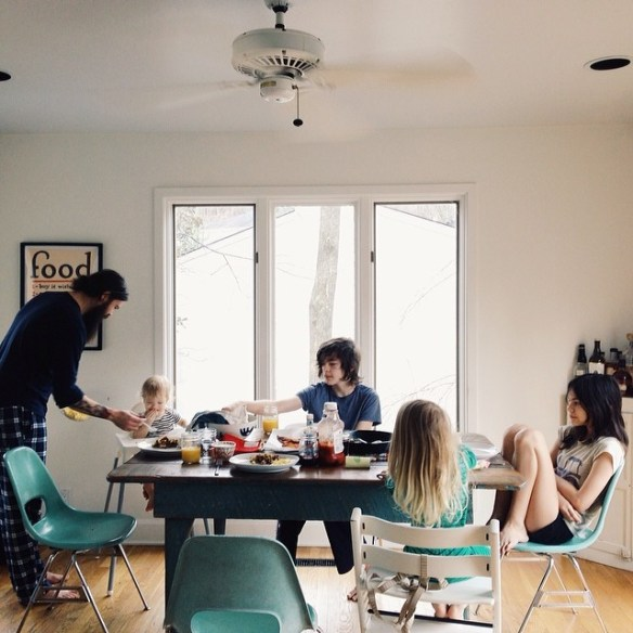 best mom Instagram accounts: bleubird