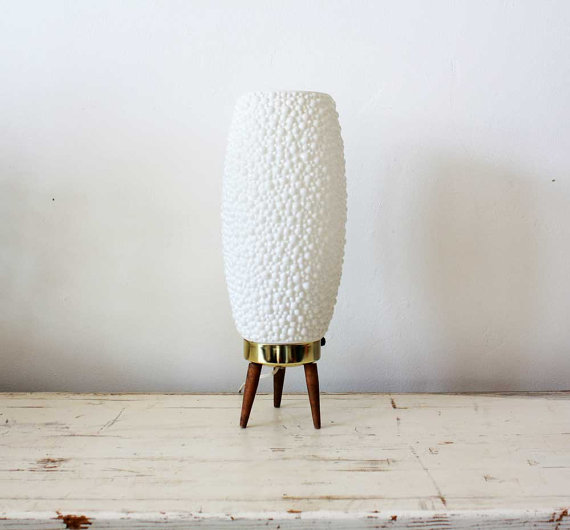 vintage finds: MCM beehive bubble tripod lamp via Archer Draw