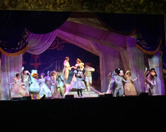 Disney Live! Three Classic Fairy Tales: finale