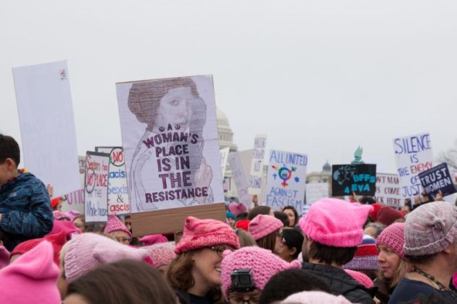 Bes Wome's March signs | a woman's place is in the resistance via Yahoo