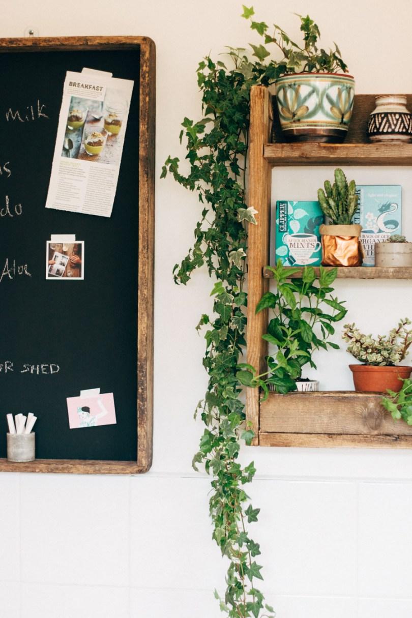 shelf styling tips - incorporate organic materials