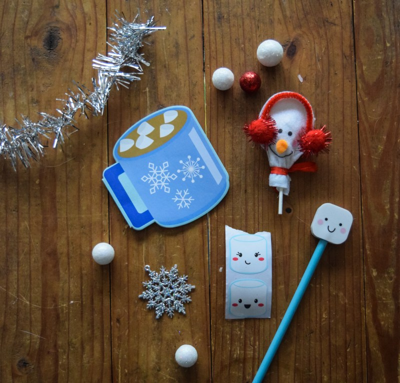 quick, simple holiday gift ideas - hot cocoa mug with trinkets for kids