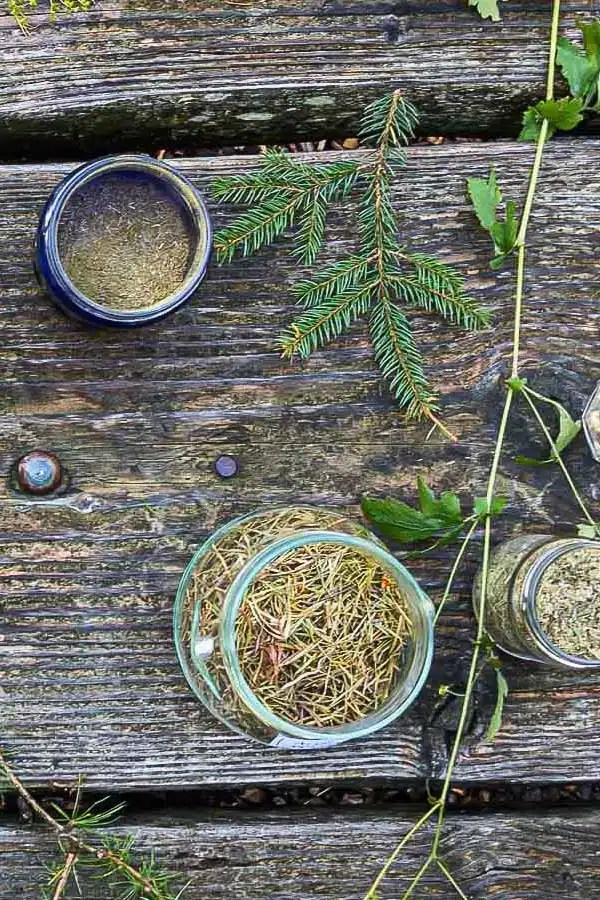Substances naturelles pour réaliser de l'encens