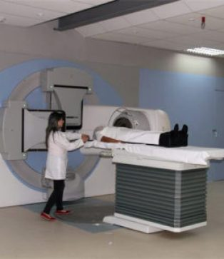 José Carrasco Hospital in Cuenca has upgraded its diagnostic capability since 2007.
