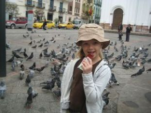 Children are at greater risk of contracting diseases from pigeons, health officials say. Photo credit: travelblog.org.