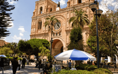 Looking to get oriented in Cuenca? The place to start is Parque Calderón