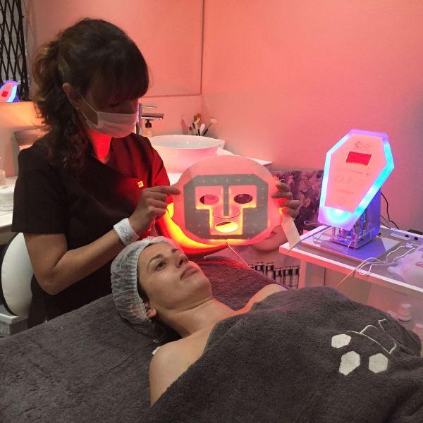 Tratamiento facial con BDR Mallorca