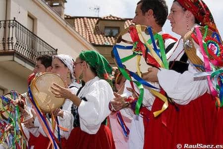 Bailes tradicionales cantabros