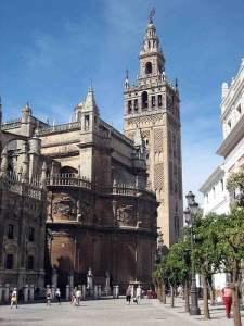 Descubriendo la maravillosa belleza de Sevilla 1