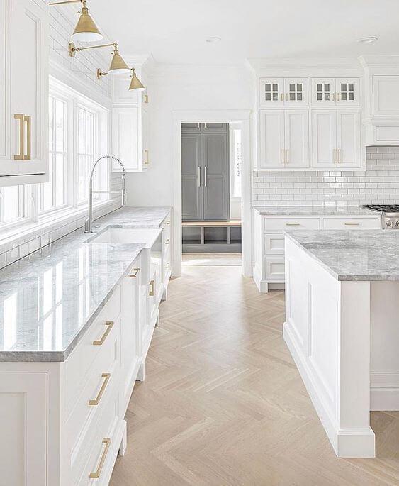Beautiful Modern White Kitchens