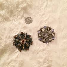 Solitaire Men's Brooches