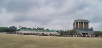 Front of Queue at HCM Mosoleum, Hanoi