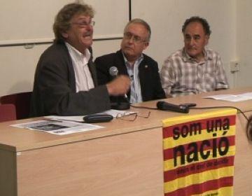 Xavier Mitjà, Carles Móra i Joan Contijoch durant la taula rodona