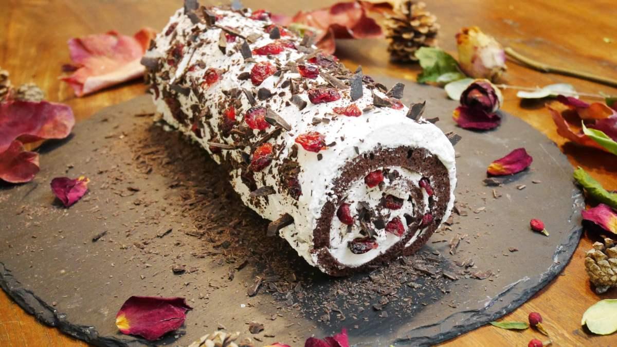 Bûche de Noel sans lactose, sans gluten et sans sucre raffiné