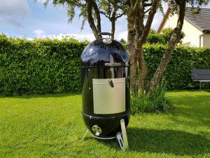 Fumoir smokey mountain cooker barbecue weber