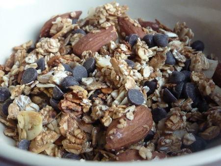 Muesli maison amandes chocolat coco - Cuisine de Deborah