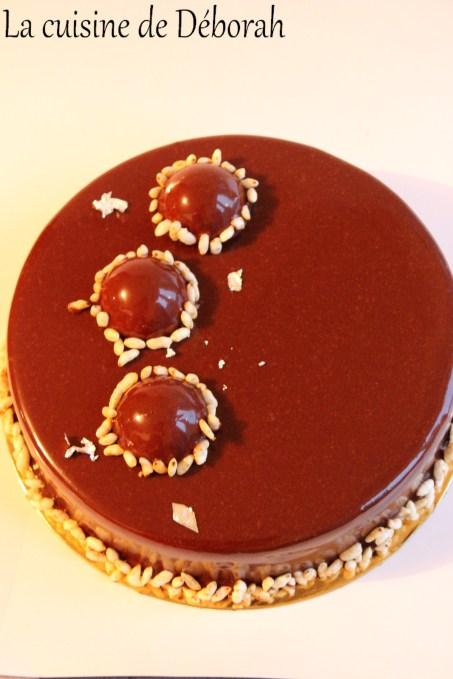 Entremets chocolat, yuzu et gianduja Cuisine de Deborah