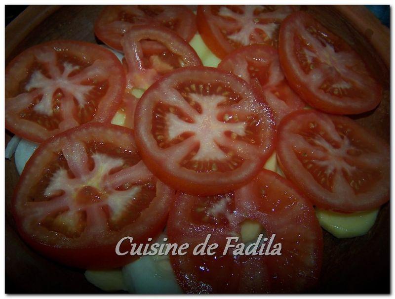 Tajine de boulettes de poulet aux légumes