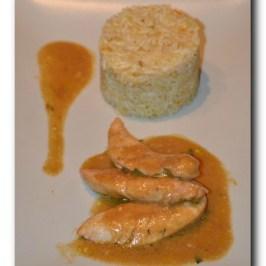 Aiguillette de poulet sauce orange sanguine et riz à l'orange