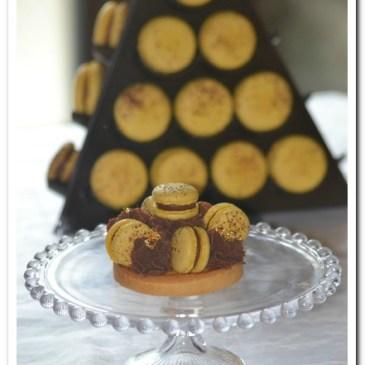 Tartelettes fruits de la Passion chocolat au lait et macarons Mogador