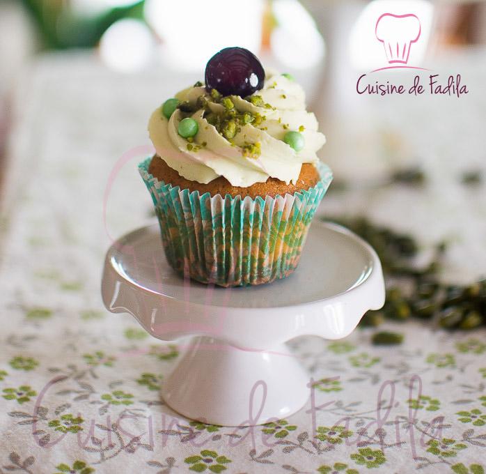 Cupcakes pistache amarena: recette en vidéo