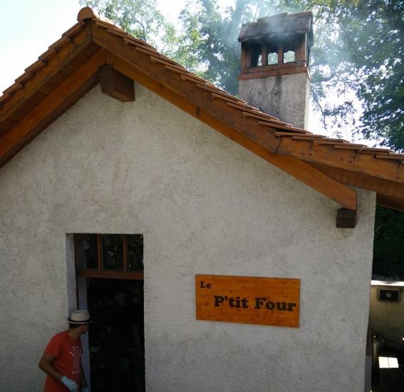 Swiss communal oven