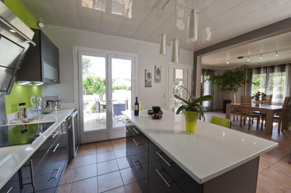 le jour et la nuit cuisines et bains. Black Bedroom Furniture Sets. Home Design Ideas