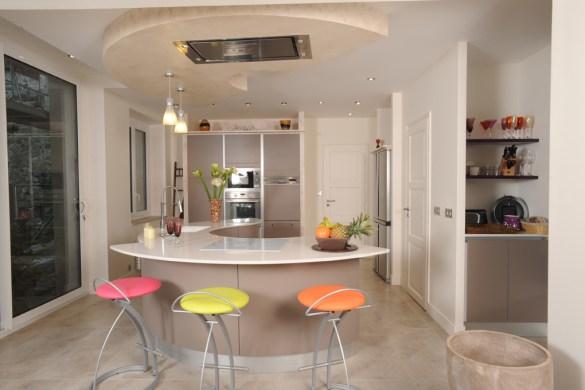 cendrillon en cuisine. Black Bedroom Furniture Sets. Home Design Ideas