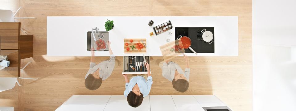 comment rendre sa cuisine pratique. Black Bedroom Furniture Sets. Home Design Ideas