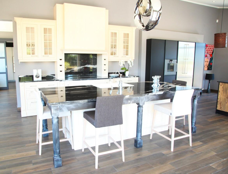 pisode 3 le savoir faire de la cuisine fran aise cuisines et bains. Black Bedroom Furniture Sets. Home Design Ideas