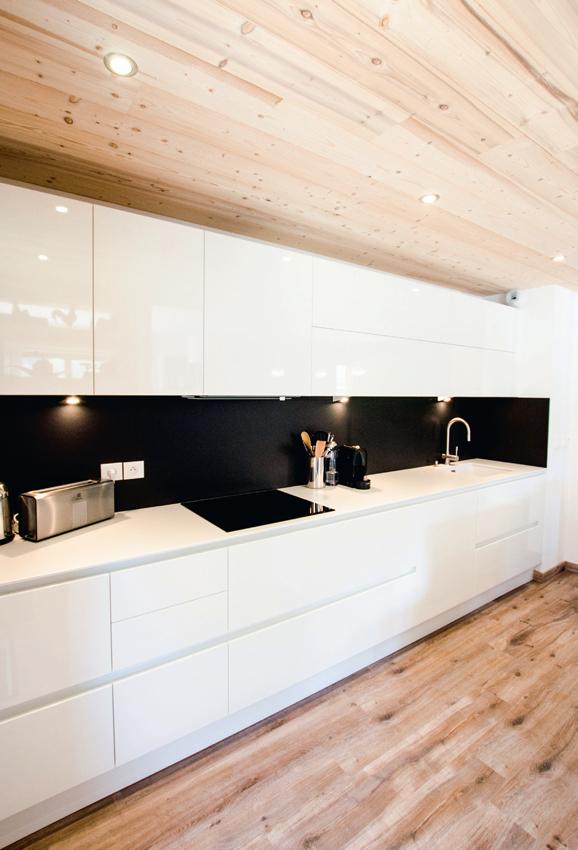 cuisine blanche bois contemporaine